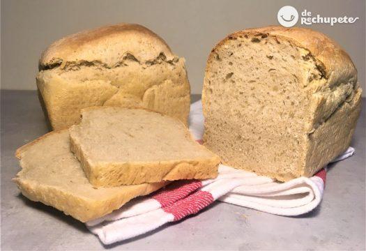 Pan de molde casero con masa madre