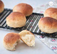 Pan o panecillos de leche tiernos y esponjosos