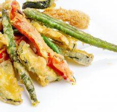 Tempura de verduras con todos los trucos para que te quede perfecta, fina y crujiente
