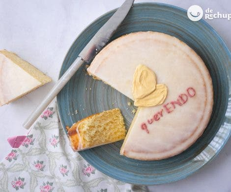 Tarta de limón y nata por la endometriosis