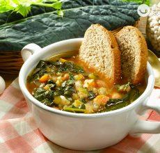 Ribollita. Sopa de verduras al estilo de la Toscana