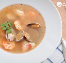 Sopa de pescado y marisco. Receta fácil y deliciosa