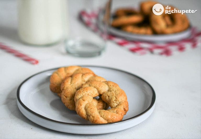 Rosquillas venezolanas o rosquitas caracheras de leche