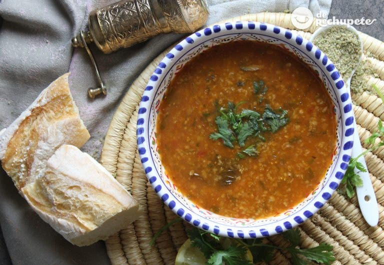 Chorba frik. Un sopa argelina deliciosa con cordero
