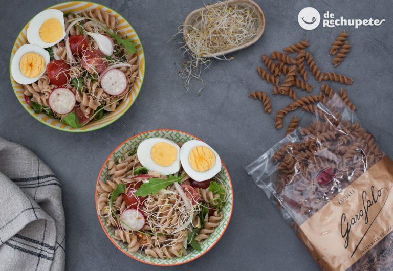 Ensalada de pasta integral. Receta fácil, sana y deliciosa
