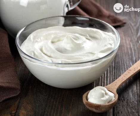 Cómo hacer crema o nata agría casera (Sour Cream)