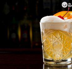 Whisky sour. Cóctel paso a paso