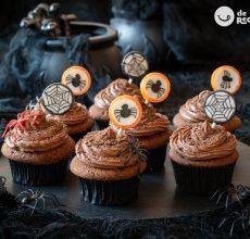 Cómo hacer cupcakes de chocolate. Receta terrorífica para Halloween